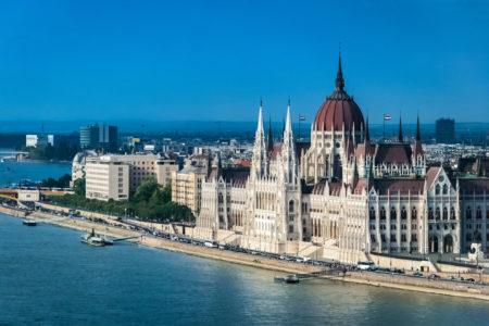creation société Hongrie